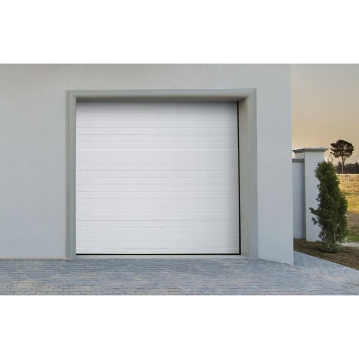 Porte de garage sectionnelle motoris blanche groove for Porte de garage sectionnelle soprofen