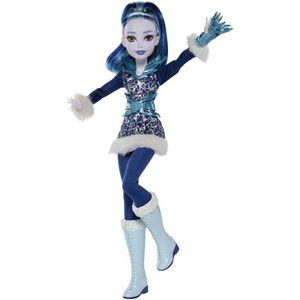POUPÉE DC SUPER HERO GIRL - Frost