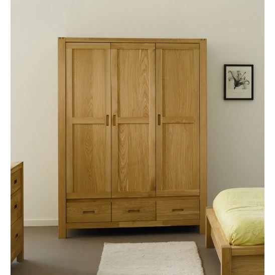 nathan armoire 3 portes en ch ne massif achat vente armoire de chambre nathan armoire 3. Black Bedroom Furniture Sets. Home Design Ideas