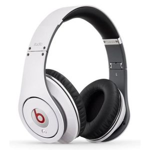 beats by dr dre achat vente produits beats by dr dre. Black Bedroom Furniture Sets. Home Design Ideas